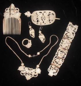 bijoux modernes en ivoire de mammouth, Russie, Altay